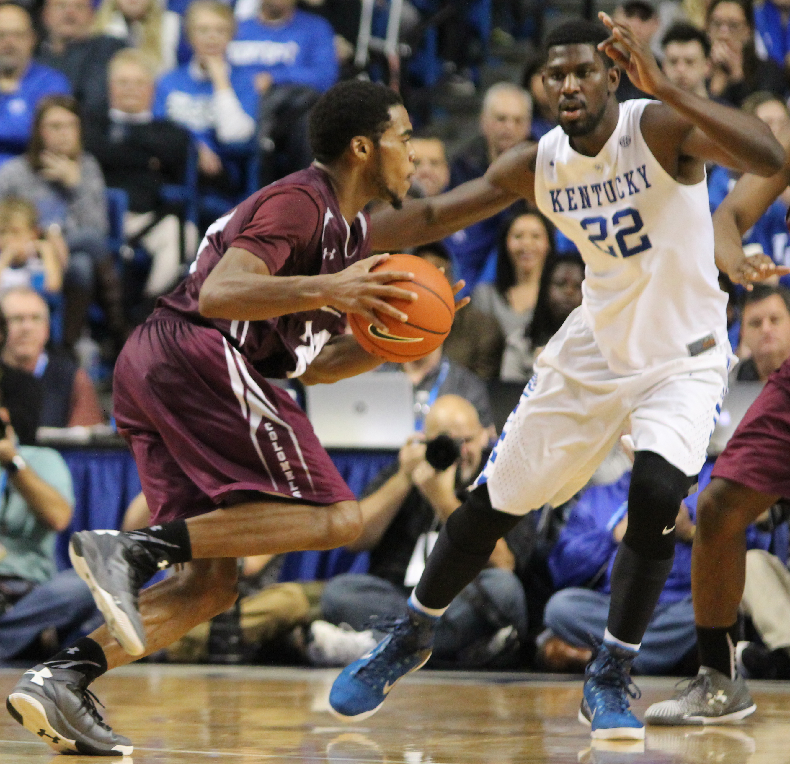 Fifth-ranked UK spoils McHale's return to Rupp Arena
